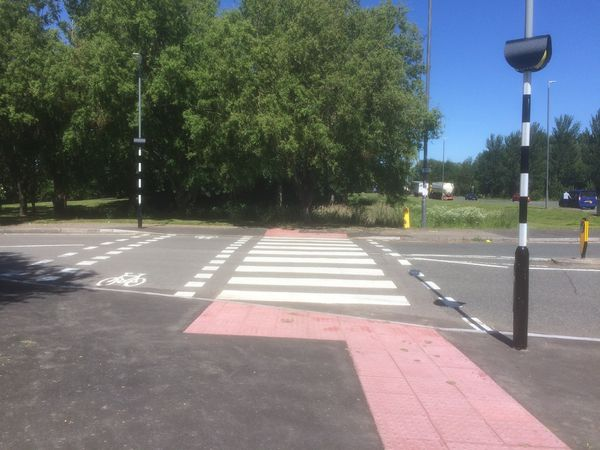 Cycle crossing point